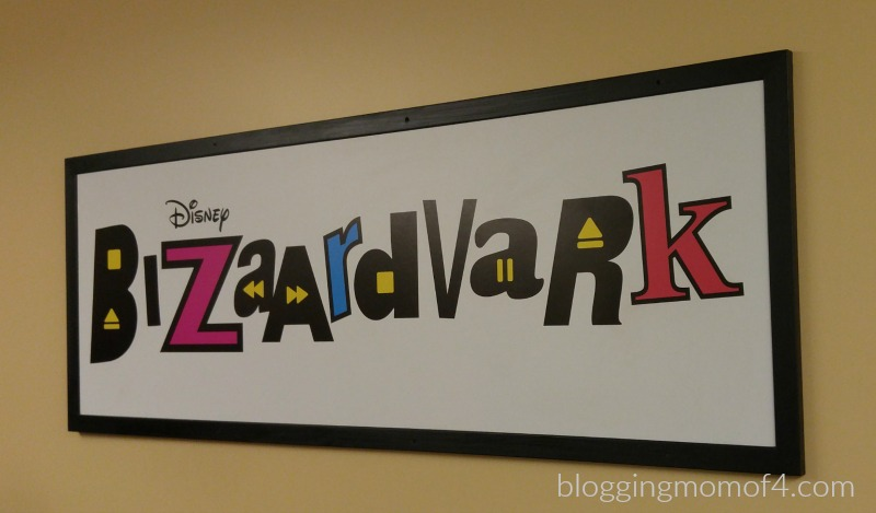 Do your kids love watching YouTube? Do they aspire to be YouTubers or Vloggers some day? They're going to love Bizaardvark!