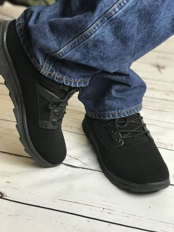Get an Athletic Inspired Casual Shoe with the Lugz Men's Phaser Oxford Sneaker. Go from the class room to a meeting to an interview.