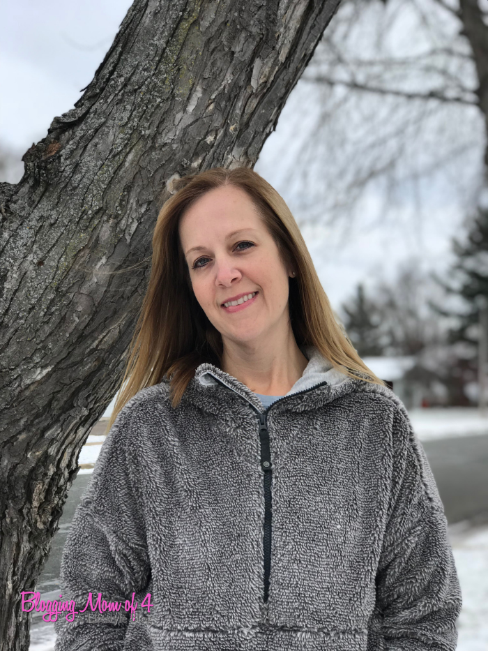 Keep Cozy and Warm with prAna - a Sustainable Clothing Brand! Plus, grab your 15% off coupon code! @prAna #prAna4Winter #ad